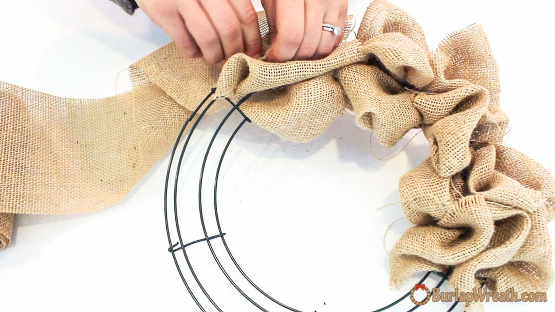 How to make a burlap wreath quick tutorial